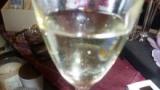 「女性にオススメ ピーチ味のスパークリングワイン♪」の画像(2枚目)