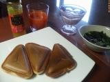 本日(4/9)の朝食は「ホットケーキ」「フルーチェ」!の画像(1枚目)