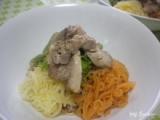 塩麹豚のせ 雑穀こんにゃく麺の画像(1枚目)
