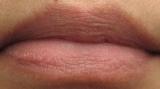 「唇美容液」の画像(4枚目)