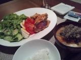 【お家ごはん】 夕食は「鳥手羽焼き」ですの画像(1枚目)