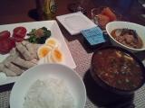 【お家ごはん】 夕食は「鶏ムネ肉の湯引き」ですの画像(1枚目)