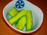なちゅこ白生醤油麹 たたききゅうりの醤油麹漬けの画像(1枚目)