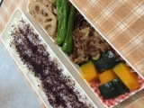 春の焼き肉野菜のお弁当