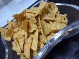 「湖池屋さん~グリルドポークのバルサミコソース味のトルティアチップス~」の画像(3枚目)