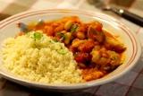 鶏肉と白インゲン豆のスパイシートマト煮