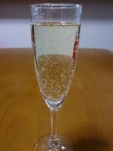 美味しいのに!?☆ノンアルコールなのに、まるでシャンパン「デュク・ドゥ・モンターニュ」モニターの画像(2枚目)