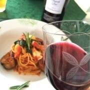 美味しいパスタにはやっぱりワイン!