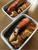 コストコ紅鮭のり弁当〜モニターさせて頂きます。の画像(1枚目)