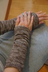 残暑での冷房も、冬の寒さ対策も山忠さんで安心♪足首手首を温める「シルクこっとんカバー」の画像(6枚目)