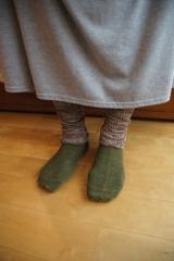 残暑での冷房も、冬の寒さ対策も山忠さんで安心♪足首手首を温める「シルクこっとんカバー」の画像(8枚目)