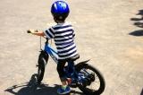 D-Bike Master 16インチ☆4歳 自転車に挑む夏休み!まずはキックバイクで練習だ!の画像(1枚目)