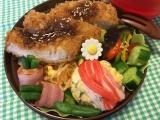 とんかつ&蟹寿司風まん丸卵焼き弁当♪(旦那)の画像(4枚目)