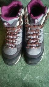 「結ばない靴ひも キャタピラン モニターレポート」の画像(1枚目)