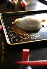 春菓子 花びら餅    (料理・お弁当):季節の風を感じながら・・・の画像(4枚目)
