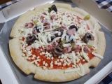 「糖質50%offの生地を使ったピザ@明治」の画像(6枚目)