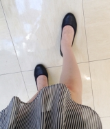 「ムレない&足が痛くならない万能ペタ靴  #アーチフィッター  #132フラットプレーンパンチング #AKAISHI」の画像(1枚目)