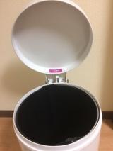 「おしゃれなダストボックス!ペダルビン12リットルホワイト レポ♡」の画像(8枚目)