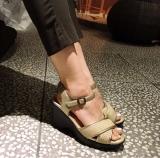 【7cmヒールモニター】超楽々ヒールで足の悩み解決 今日のコーデ集の画像(6枚目)