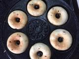格安!ドーナツメーカーで簡単おやつ♪ 焼きドーナツ♡ きな粉&ホイップクリームでカフェ風の画像(5枚目)