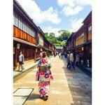 👘💙👘❤👘💛#ひがし茶屋街 #志摩 #金粉アイス#着物 #兼六園 #石川 #金沢 #金沢旅行 #女子旅 #同期**明日は #大阪 で結婚式👰💒晴れるといいな〜。ドレス何色か…のInstagram画像