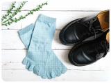 「夏は蒸れ防止、冬は冷え対策!リピーター続出の一年中使えるシルク5本指ソックス」の画像(33枚目)