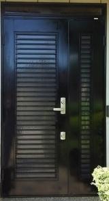 【リンレイ】玄関ドア用つやだしワックスでツヤツヤ!の画像(3枚目)