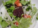 紫蘇の力強い梅干しのような味で美味しい♪ 海の精 紅玉ねりシソの画像(12枚目)
