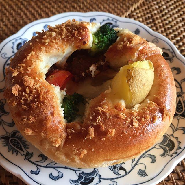 口コミ投稿:サンジェルマンの10月新商品が美味しいよ。「窯出しビーフシチュー」は、濃厚な味わ…