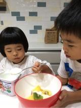 子供達が作るフルーツサラダ☆の画像(6枚目)