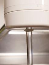 取り付け5分で、美味しいお水がすぐ飲める♪「蛇口直結型浄水器 MD103」の画像(14枚目)