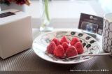 「本物のいちごにチョコをしみ込ませた新食感チョコ ‐ angers(アンジェ)のホワイトいちごチョコ」の画像(1枚目)