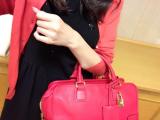 差し色になるカラーもののバッグもレンタルなら取り入れやすい♡の画像(3枚目)