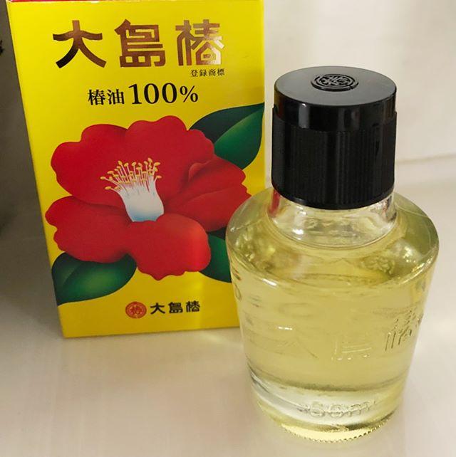 口コミ投稿:天然椿油100%の『大島椿』です!大島椿は天然の椿油100%★1本で髪・頭皮・肌に使えて…