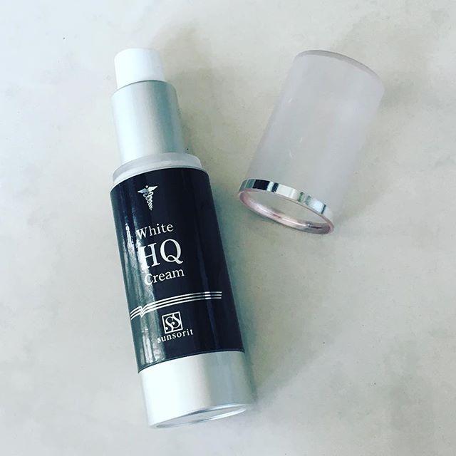 口コミ投稿:#ホワイトHQクリーム医療機関でシミ治療で使用される透白成分ハイドロキノン化粧品で…