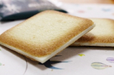 北海道のおみやげといえば・・・石屋製菓「白い恋人」の画像(1枚目)