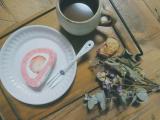 「【うちカフェ】ひな祭りにぴったりなピンクスイーツ♪いちごのピンクロールケーキ」の画像(10枚目)
