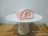 「【うちカフェ】ひな祭りにぴったりなピンクスイーツ♪いちごのピンクロールケーキ」の画像(9枚目)