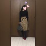 ベーシックカラーのコーデに必須!!存在感のある高見えパンプス☆の画像(1枚目)
