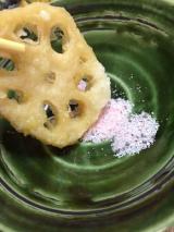 食卓を春らしく★桜のお塩の画像(3枚目)
