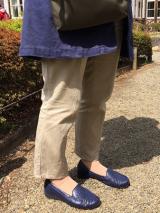 AKAISHI パンチングデザインが涼しげ!春夏フラットシューズの画像(18枚目)