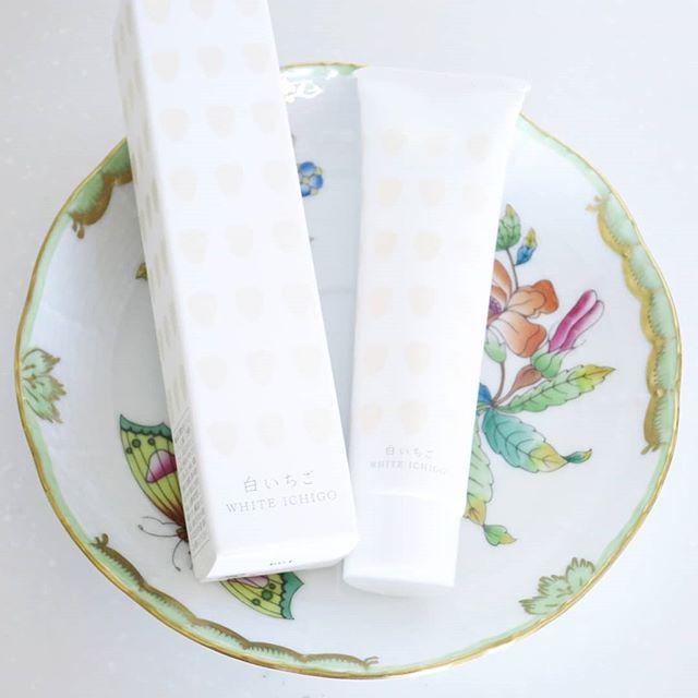 口コミ投稿:白いちごハンドクリーム使ってみました🎵白いちごエキスや木苺のヒアルロン酸、ビルベ…