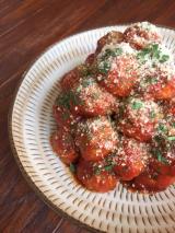 完熟トマトソースで簡単♪ご飯がススム ミートボールの画像(1枚目)