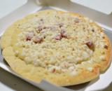 お昼ご飯は・・・😋明治 4種のチーズピッツァの画像(3枚目)