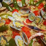 こんな連休にはパエリア食って元気もりもりー✨#pietro_19801209 #ピエトロ #おうちパーティー #monipla #ピエトロファンサイト参加中のInstagram画像