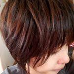 トリートメントしながら染めれる髪色チェンジを使ってみました♥ツンとしないし、髪もさらさらになりました❗少し髪が明るくなり春の気分チェンジにぴったり♥#macaron #マカロン #ヘアカラートリート…のInstagram画像