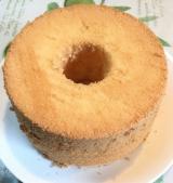 久しぶりにシフォンケーキを焼きました・・・の画像(2枚目)