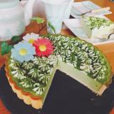母の日ケーキをおめかしの画像(2枚目)