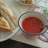 ホットサンドとトマトスープ