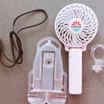 真夏のお出かけに困るのが暑さ対策!紫外線対策!_ベビーカーに取り付け可能な充電式小型扇風機を使っています。_風圧は三段階に調節可能、広範囲にわたって風を感じる事ができるので、本当に心地…のInstagram画像
